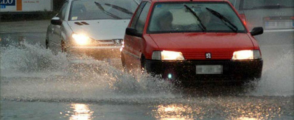 Continua il maltempo in Calabria, previsti temporali e forti raffiche di vento