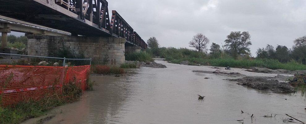 Piove e il torrente Allaro si ingrossa