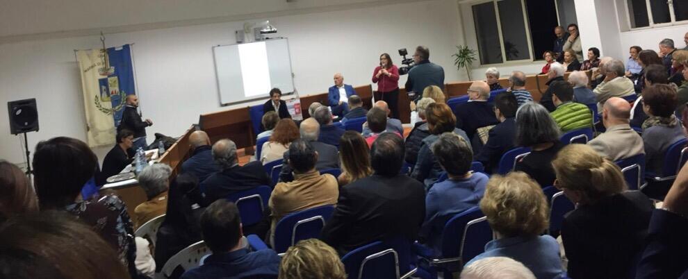 I Rassegnati: a Gioiosa Marina il dialogo con Tommaso Labate