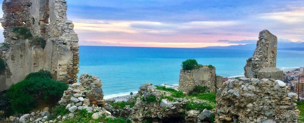 Cambiando Prospettiva: meravigliosa vista dal castello di Roccella