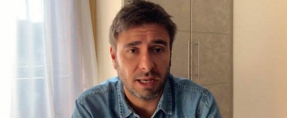 """Di Battista beccato dalle Iene ammette: """"Ho un lavoratore in nero"""". L'onesta vale solo per gli altri"""