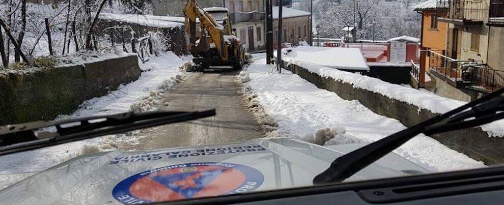 Emergenza neve in Calabria, numerosi gli interventi dei volontari della Protezione Civile