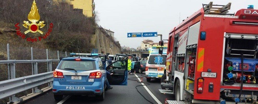 Tragico incidente stradale in Calabria, un morto e due feriti