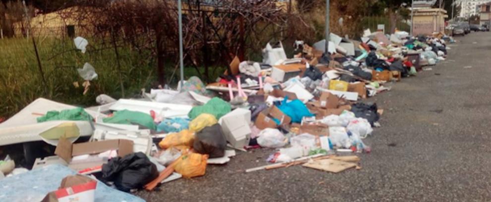 """Rifiuti a Siderno, il circolo PD esorta i Commissari a rimuovere le """"discariche a cielo aperto"""""""