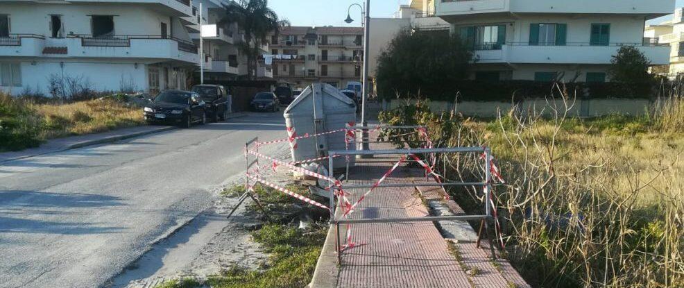 Caulonia: transennato il tratto di strada dissestato in via Alfonso Rendano