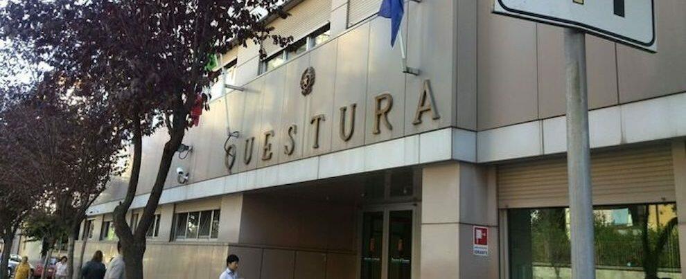 Beccato con un passaporto falso, un arresto in Calabria