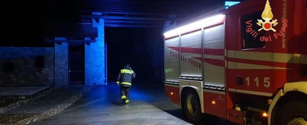 Fiume in piena a causa del maltempo, evacuata una famiglia in Calabria