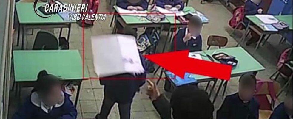 Maltrattamenti ad alunni di 6 anni nel vibonese, obbligo di dimora per due maestre