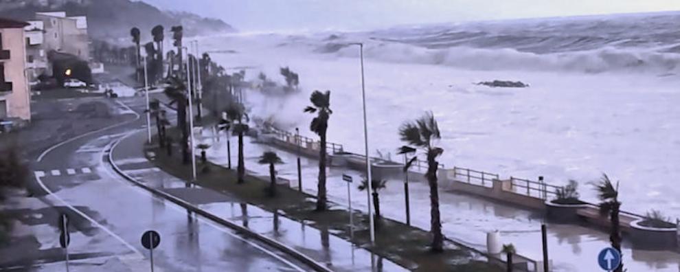 Forti venti previsti in Calabria, la Protezione Civile lancia l'allerta gialla