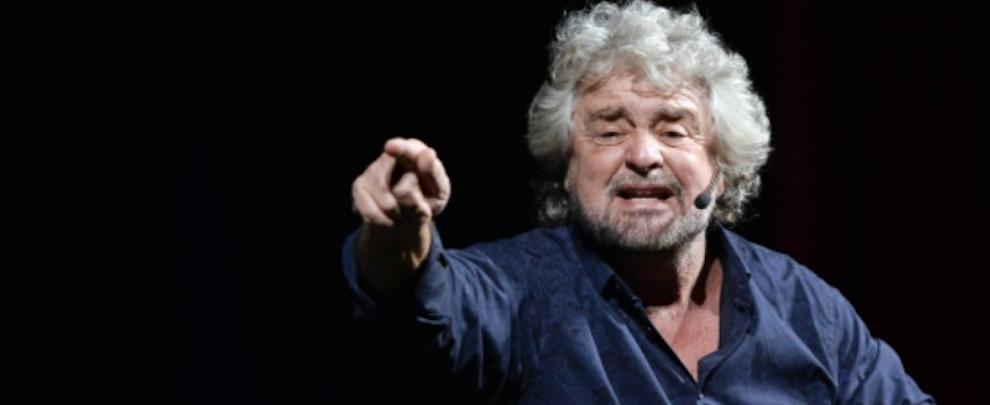 """Grillo: """"In Calabria nessuno chiede il reddito. O lavorate in nero o siete della 'ndrangheta"""""""