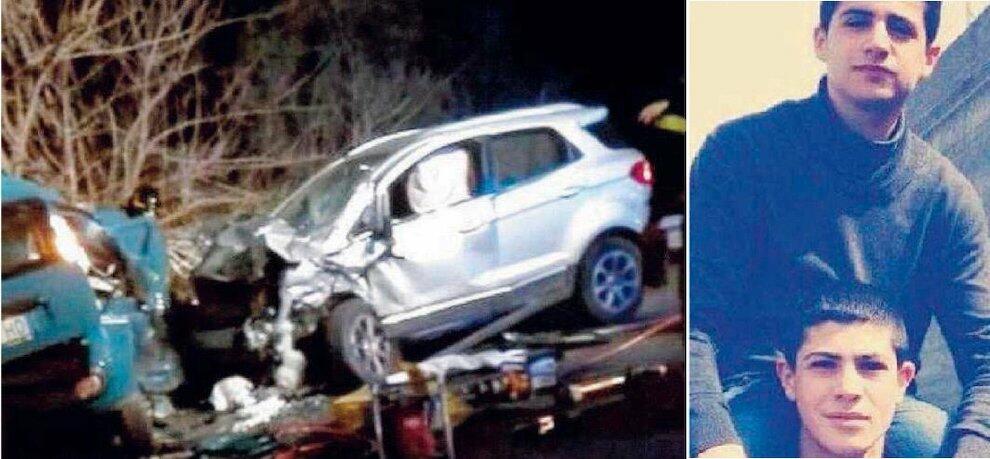 Oggi i funerali dei due giovani morti nell'incidente stradale sulla Jonio-Tirreno