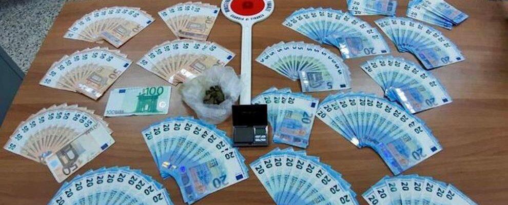 Sorpreso con oltre 5000 euro in banconote false, pregiudicato in manette