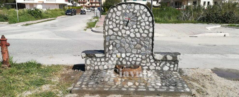 Foto del giorno: nuova fontana sul lungomare di Caulonia