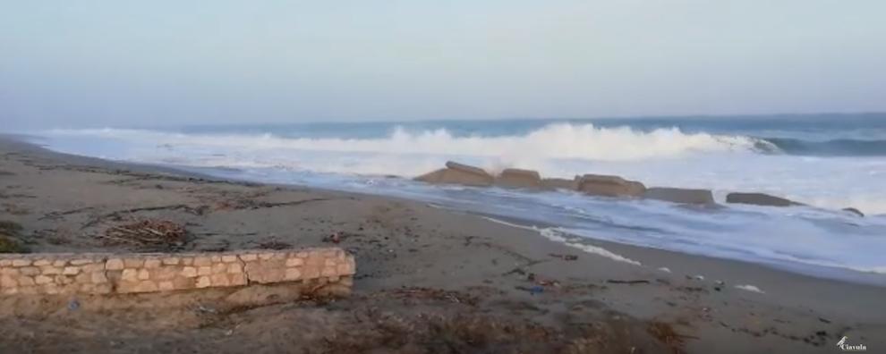 Mareggiata a Caulonia – video