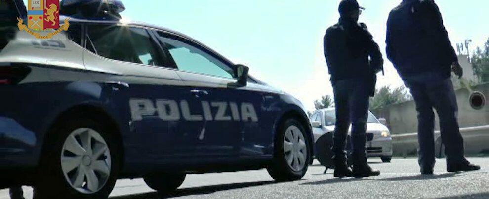 Reggio Calabria: minaccia conducente e passeggeri di un autobus con un taglierino, fermato dalla Polizia