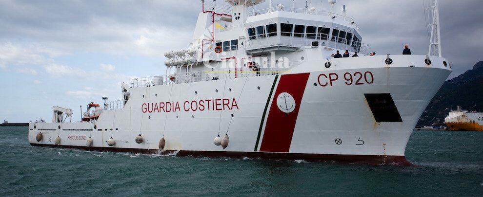 Gregoretti: sbarco immediato per i naufraghi soccorsi dalla Guardia Costiera
