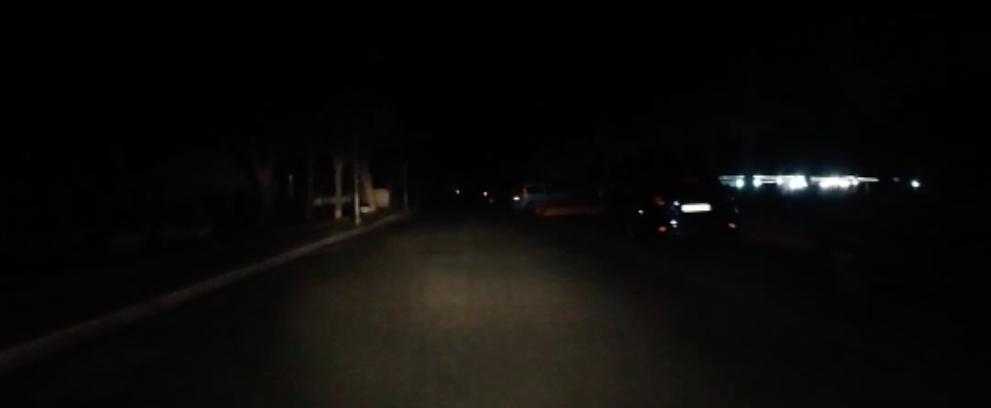 Segnalazione: sul lungomare di Caulonia regna l'oscurità – video