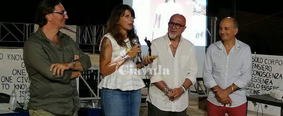 Consegnato il premio Mediterraneo al Sindaco Pino Alfarano e all'intera comunità di Camini