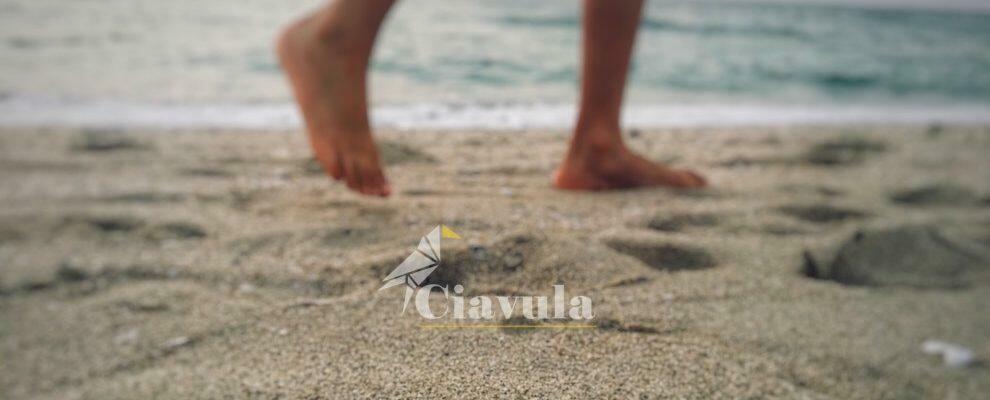 Caulonia: va al mare e si punge con una siringa nascosta sotto la sabbia