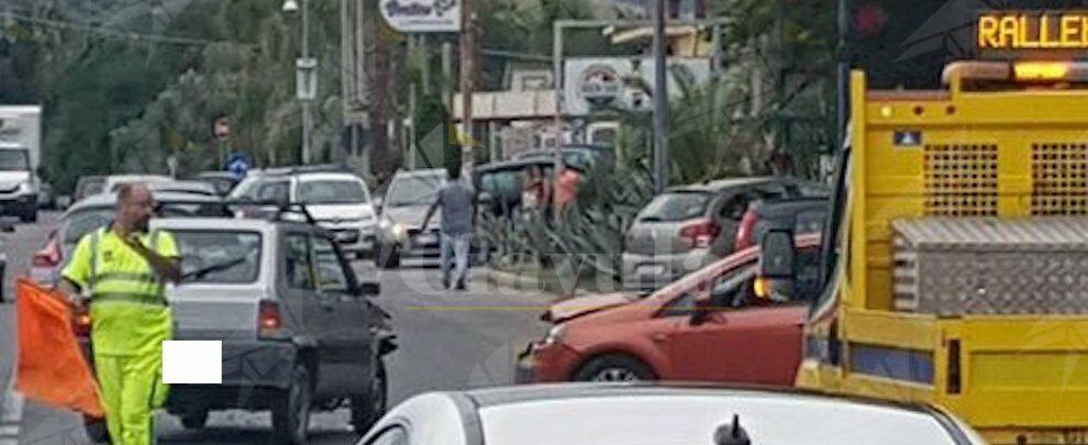 Incidente stradale lungo la S.S. 106 tra Bianco e Bovalino