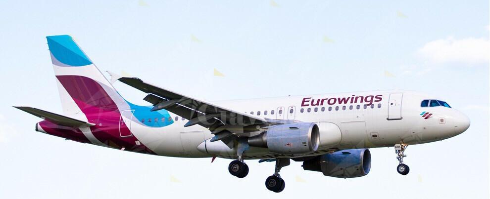 Turbolenze sul volo Lamezia-Berlino, otto feriti