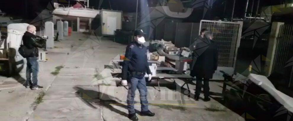 Sbarco migranti a Roccella Jonica, fermati due presunti scafisti