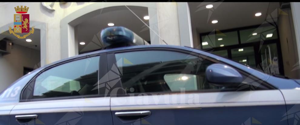 """Controlli in città durante le """"Feste Mariane"""": sorpreso a rubare benzina da un'auto parcheggiata in strada"""