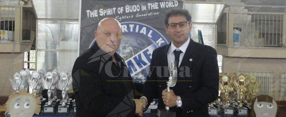 Anche un maestro sidernese tra gli arbitri del campionato mondiale di karate e arti marziali