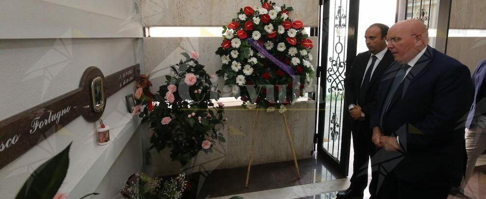 """Oliverio a Locri per l'anniversario della morte di Franco Fortugno: """"Figura esemplare e coerente"""""""