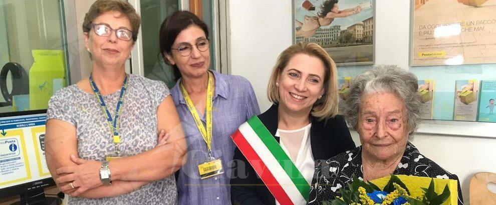 Poste Italiane festeggia il 105esimo compleanno della cauloniese Maria Murdocco