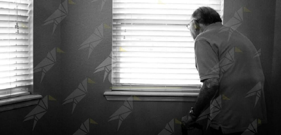 """Anziano maltrattato dalle """"badanti"""" vicine di casa"""