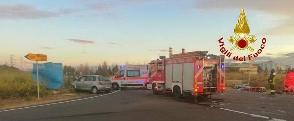Incidente stradale, 5 feriti