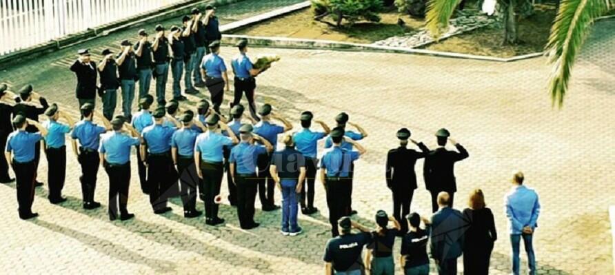 I carabinieri di Lamezia omaggiano gli agenti uccisi ieri a Trieste