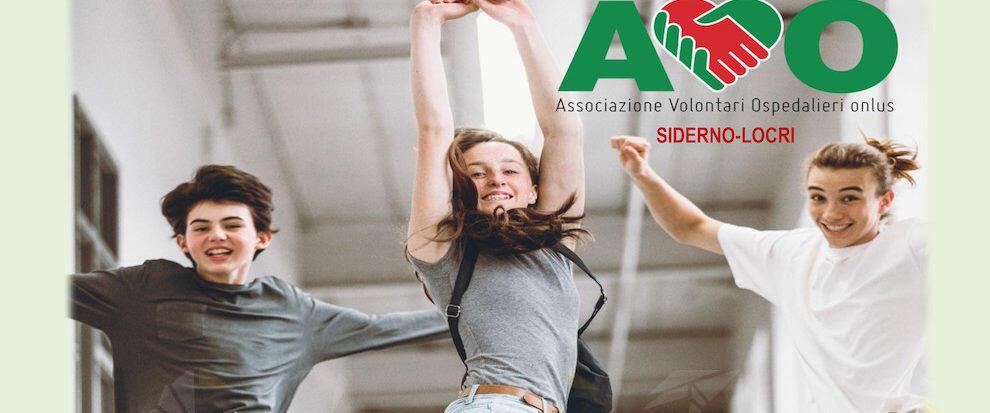 """L'associazione AVO incontra gli studenti delle scuole di Locri e Siderno per la campagna """"Vivi social: diventa volontario"""""""