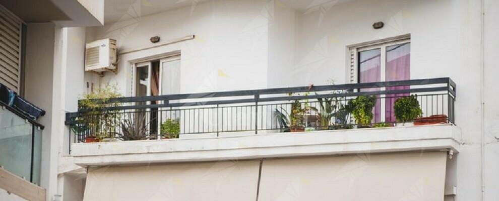 Deteneva oltre 1 kg di marijuana sul balcone di casa. Arrestato dai carabinieri
