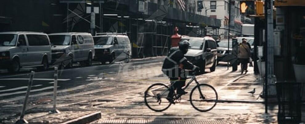 In bicicletta con 9 grammi di cocaina, in manette un 34enne