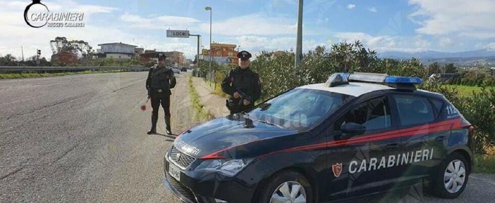 I carabinieri di Locri denunciano persone di Siderno, Locri, Bovalino e Careri