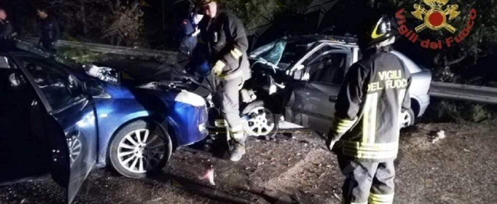 Incidente stradale in Calabria, 4 persone ferite