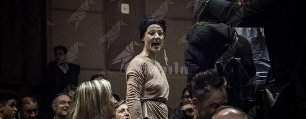 """Ancora una grana per Trifoli. L'artista Chiara Mosciatti lascia Riace in polemica: """"Ha esitato nel condannare la violenta reazione dei leghisti"""""""