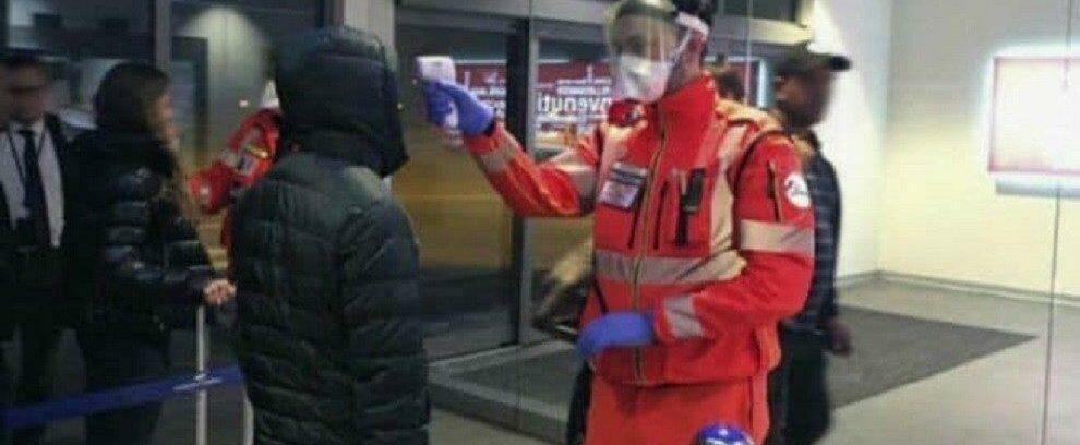Coronavirus, proseguono i controlli sanitari negli aeroporti italiani