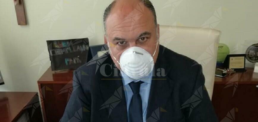 Nella Locride sono finiti i tamponi per il Coronavirus. L'allarme di Calabrese