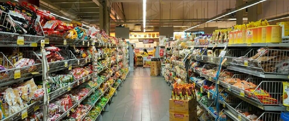 Positivo al Coronavirus fa la spesa al supermercato. Rischia 12 anni di carcere