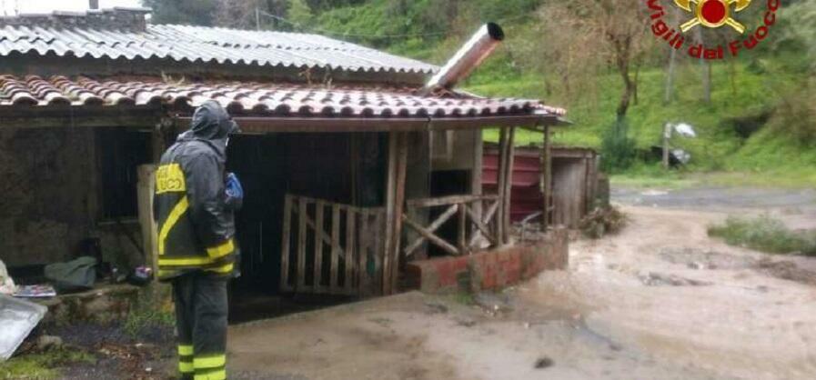 Esondazioni e smottamenti, la terribile notte della Calabria