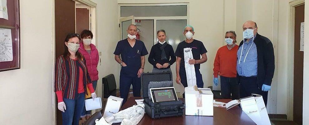 Il Comitato Difendiamo l'Ospedale dona igienizzante mani e dispositivi medici all'ospedale di Locri