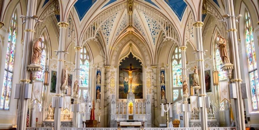 Lo Stato italiano dovrebbe smetterla di accettare le ingerenze della chiesa