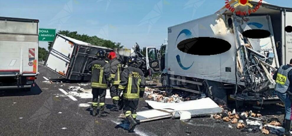 Terribile incidente fra due camion, un ferito