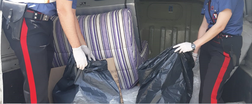 Trovato con 7kg di marijuana in un autocarro, arrestato un calabrese