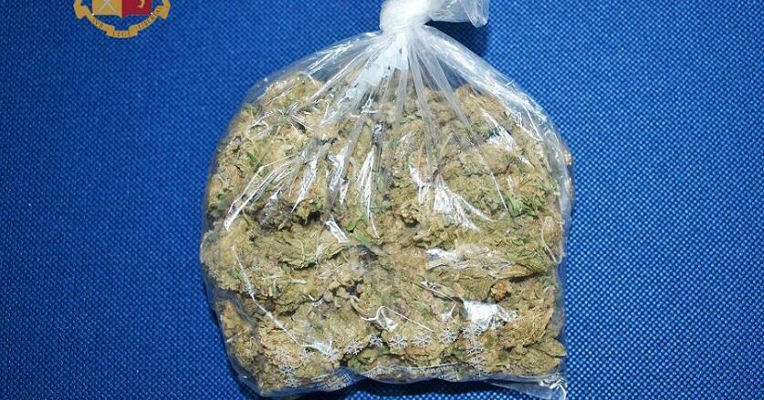 Rosarno: sorpreso con 100 grammi di cannabis nello zaino. Arrestato