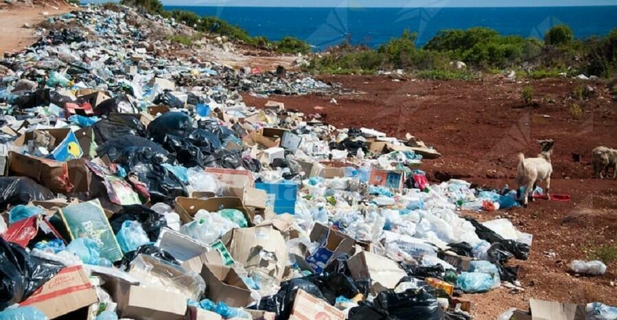 Gioia Tauro: raccolta della spazzatura ancora sospesa