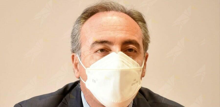 Le indecenti affermazioni classiste di Gallera sui malati in Lombardia